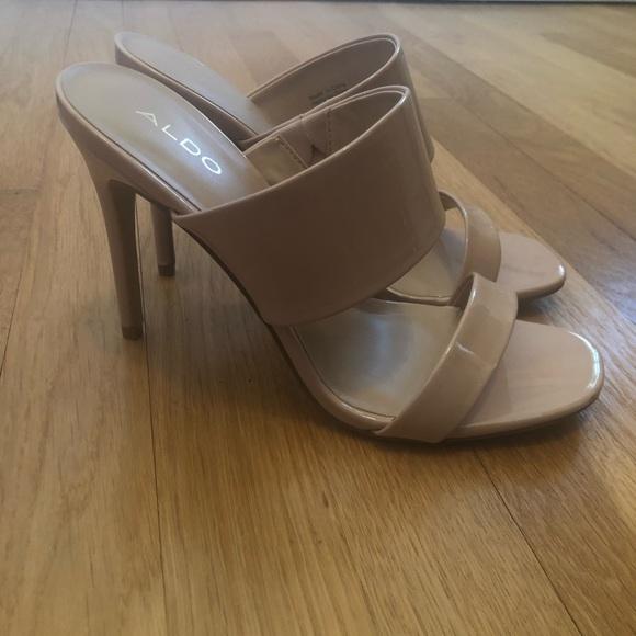 c91ddb5f354 Also FROEMA beige heels